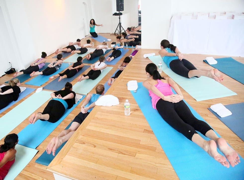 A yoga class, unrelated to Padraig O'Baoill, in New York
