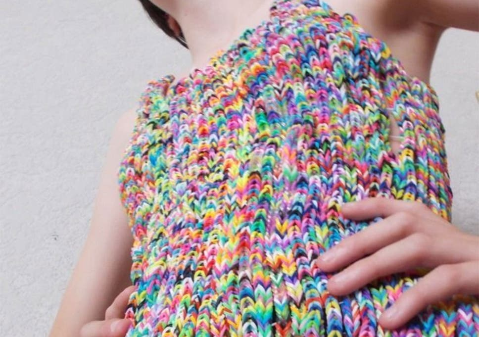 Loom Bands Dress Finally Sells But For Only 220 The Independent