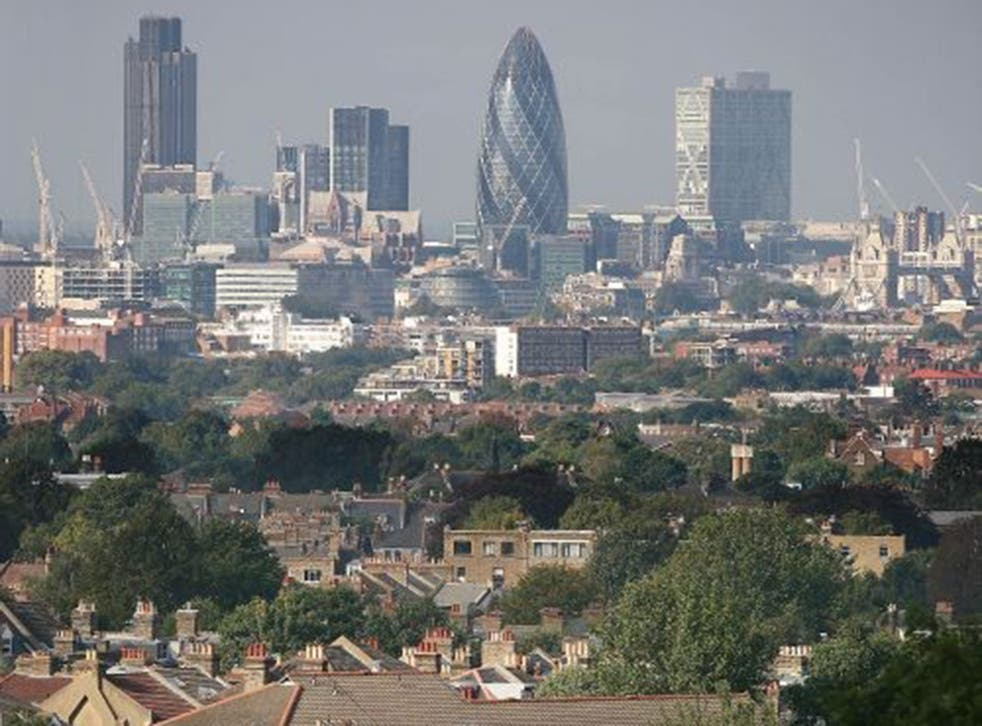 The pay of the average FTSE 100 chief executive increased from £4.1m in 2012 to £4.7m last year