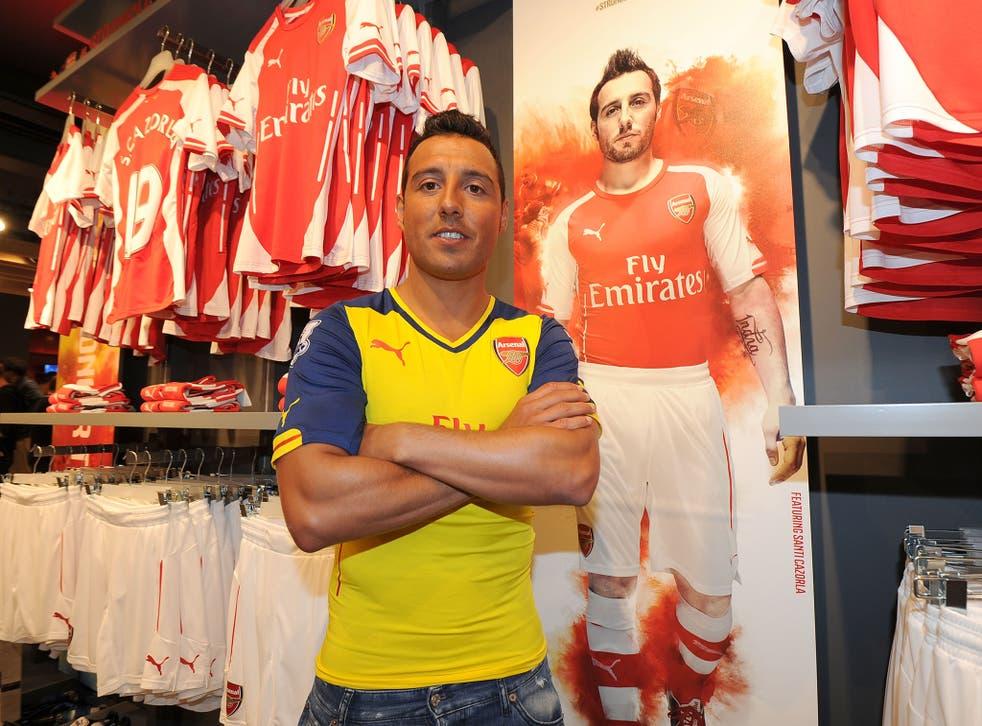 Santi Cazorla shows off Arsenal's new away kit