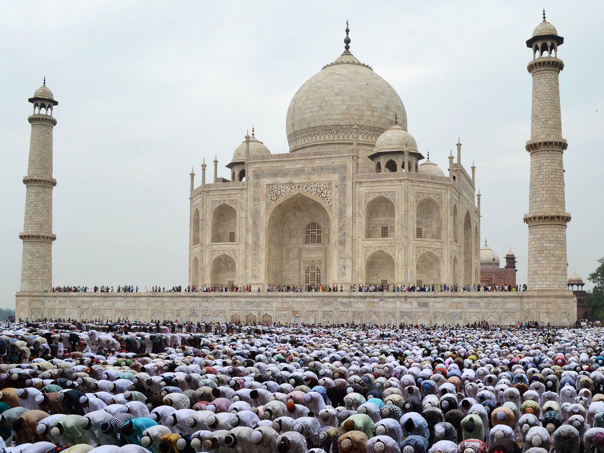 Eid Mubarak 2014 What Is Eid Al Fitr And How Is The Moon Involved The Independent