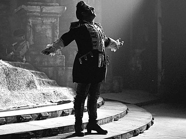 Bergonzi: he used his lyric voice with such skill that he was able to handle roles that seemed to demand tenors of a more heroic mould