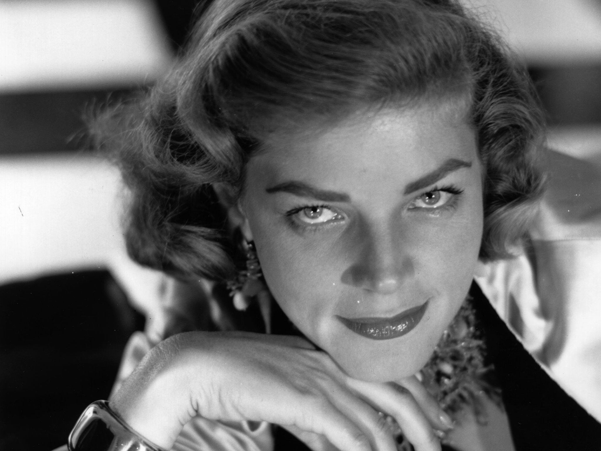Lauren Bacall Sultry Film Noir Legend Who Taught Humphrey Bogart How To Whistle And Starred With Monroe And Grable The Independent