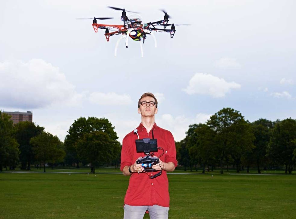 James Vincent, Science & Technology Correspondent of The Independent, flies a FPU 250 drone