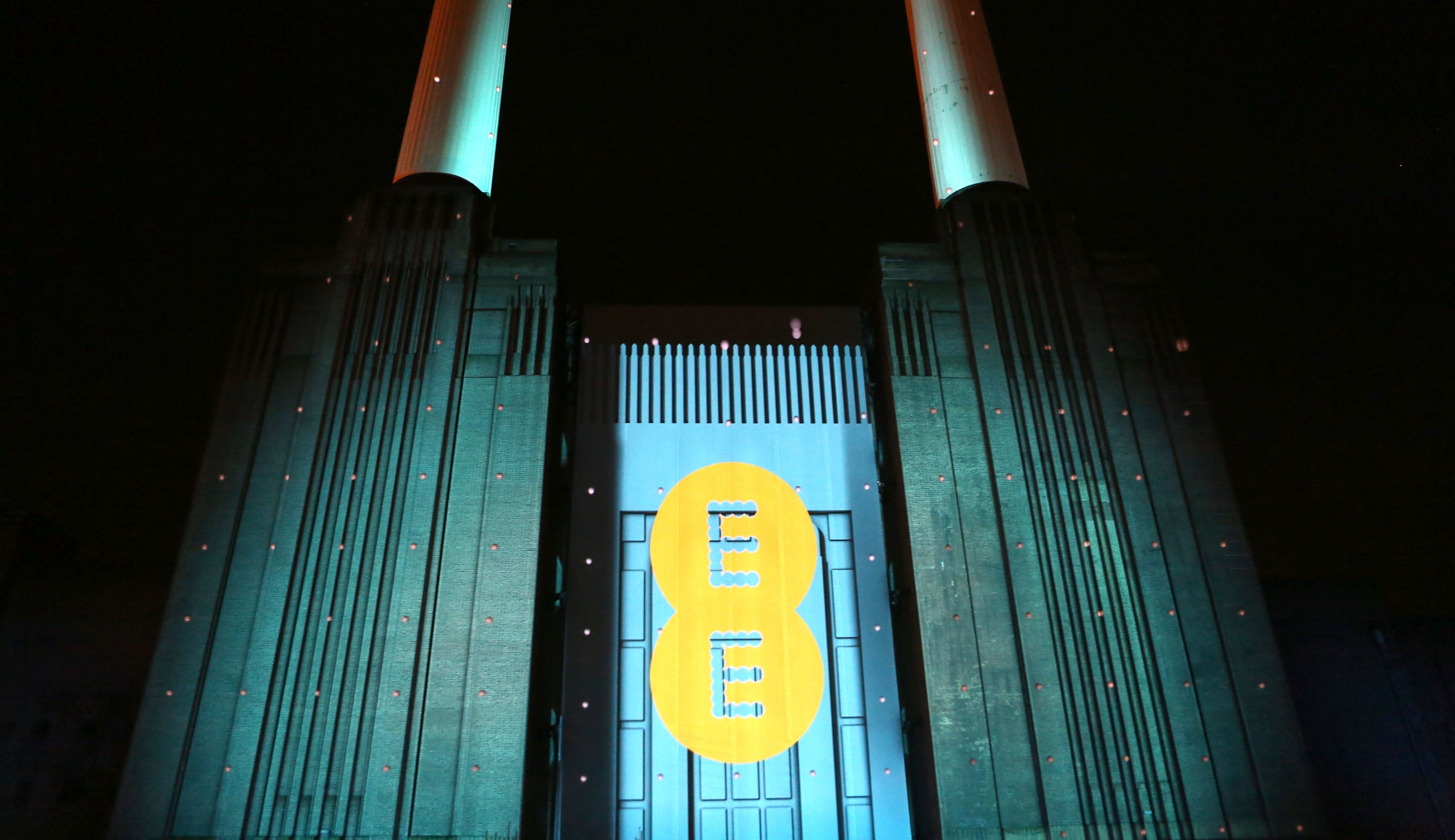EE is 'UK's best mobile network', followed by Three and O2 - with Vodafone coming last