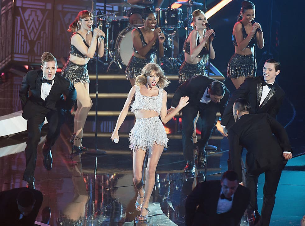 Taylor Swift performs on stage at the MTV Video Music Awards 2014