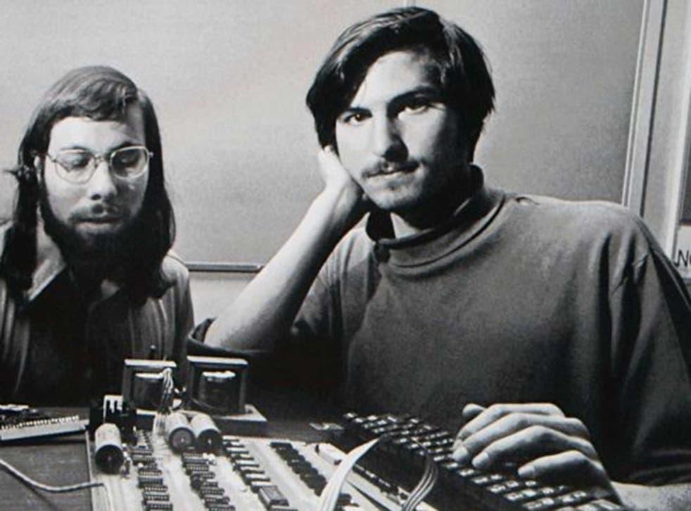 Steve Jobs launches the 1984 Macintosh