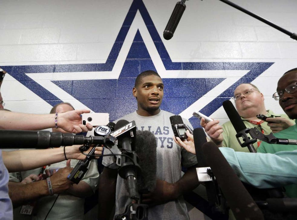 Sam talking to reporters afterwards about the coming  season with Dallas