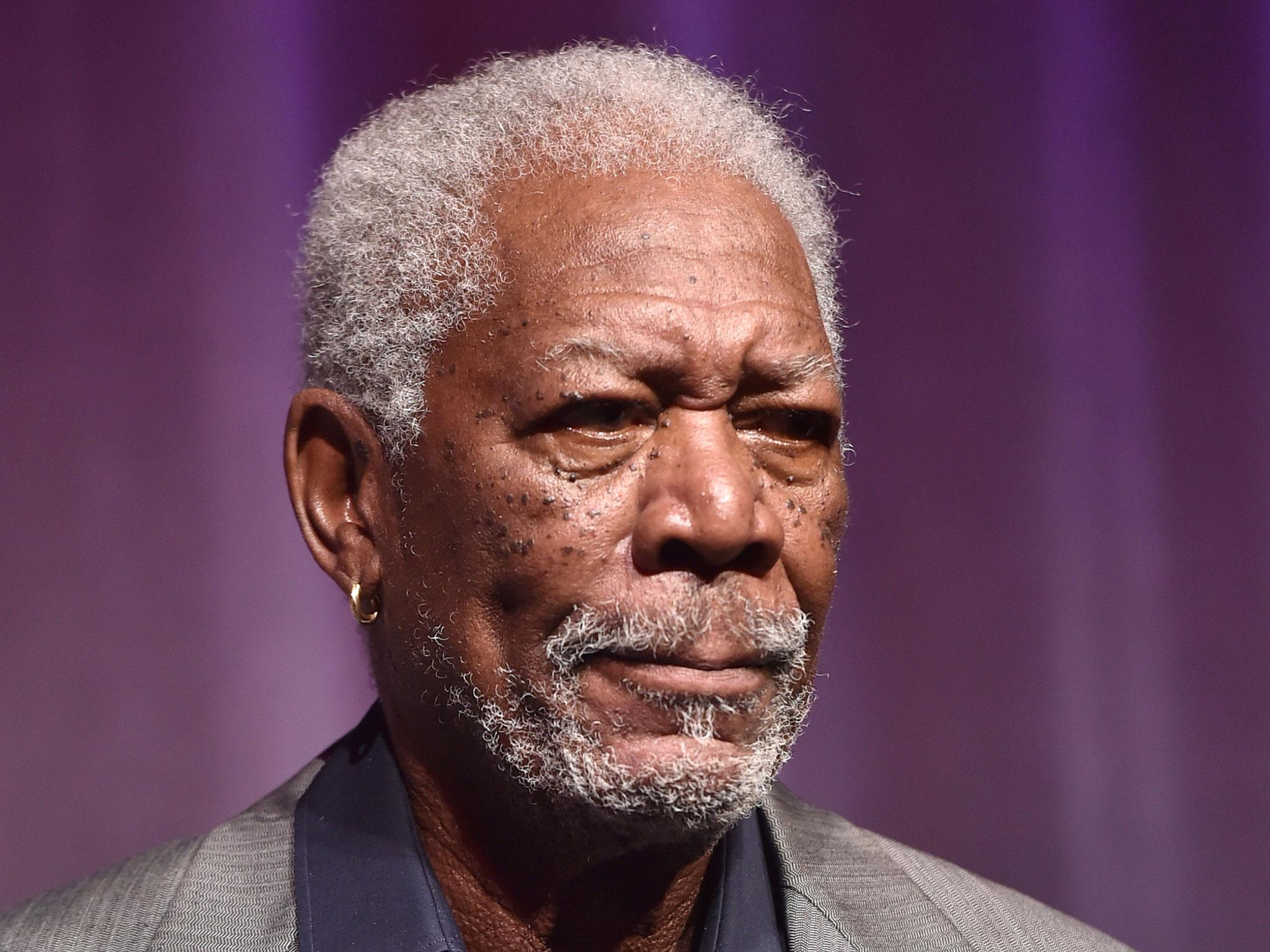 Morgan Freeman Lands Malfunctioning Plane Four Times En