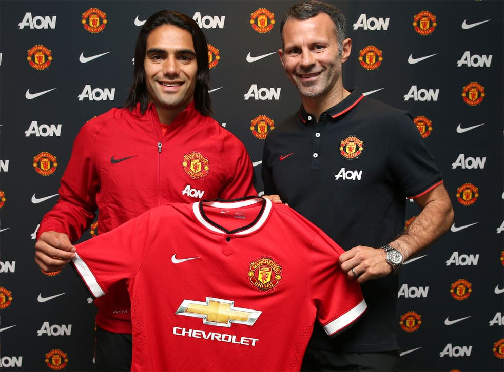 Radamel Falcao with Ryan Giggs after his United move