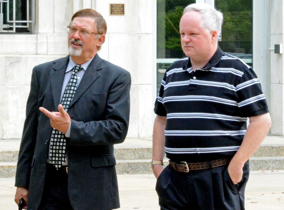 William Melchert-Dinkel, right, and his attorney Terry Watkins