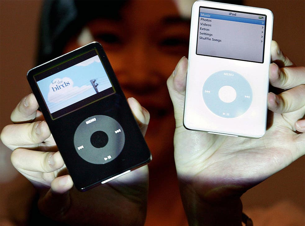 """""""Goodnight, sweet click-wheel,"""" said Pitchfork, the internet magazine, as it mourned the loss of the iPod Classic"""