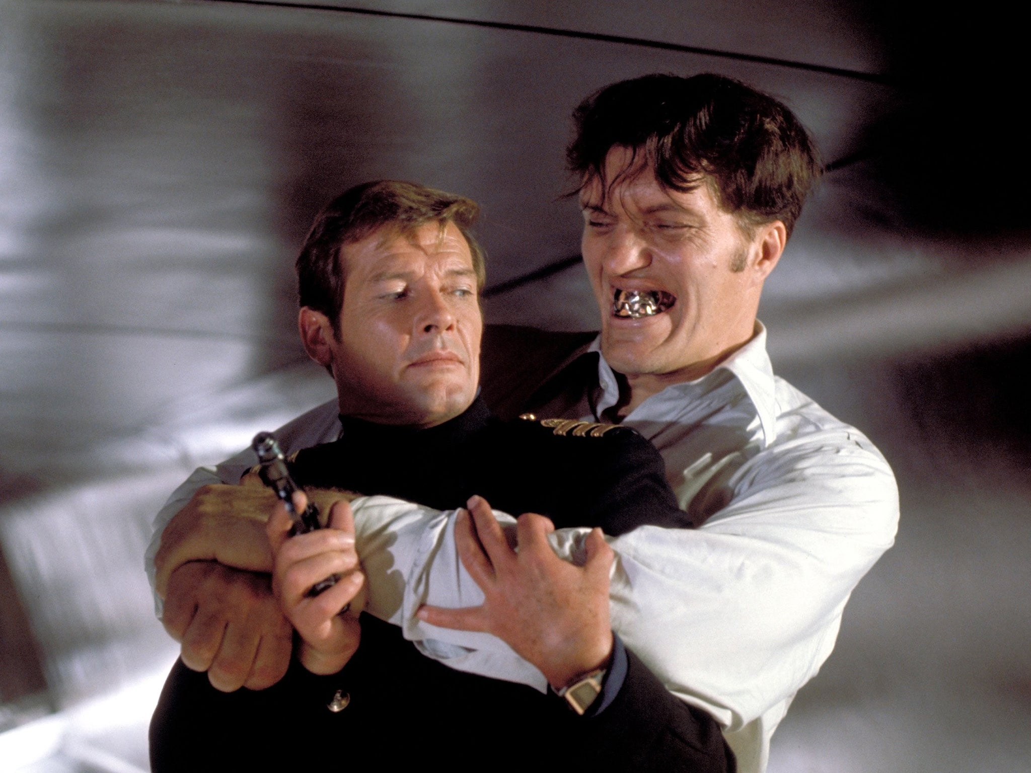 richard kiel dies bond fans pay tribute to the baddie. Black Bedroom Furniture Sets. Home Design Ideas