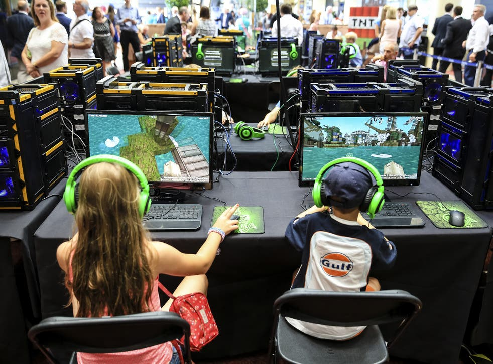 Young racegoers take part in a Minecraft tournament