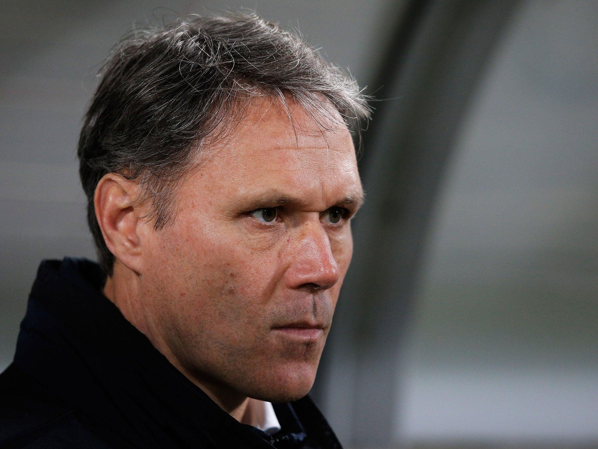 Marco van Basten to step down as AZ Alkmaar coach due to
