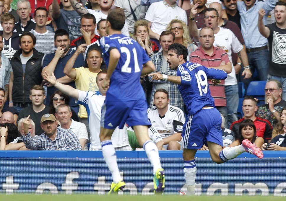 Spanish striker makes it seven goals in four games and Rémy scores his  first as Chelsea open up three-point gap over rivals at top of the table 0967bbb84f12a