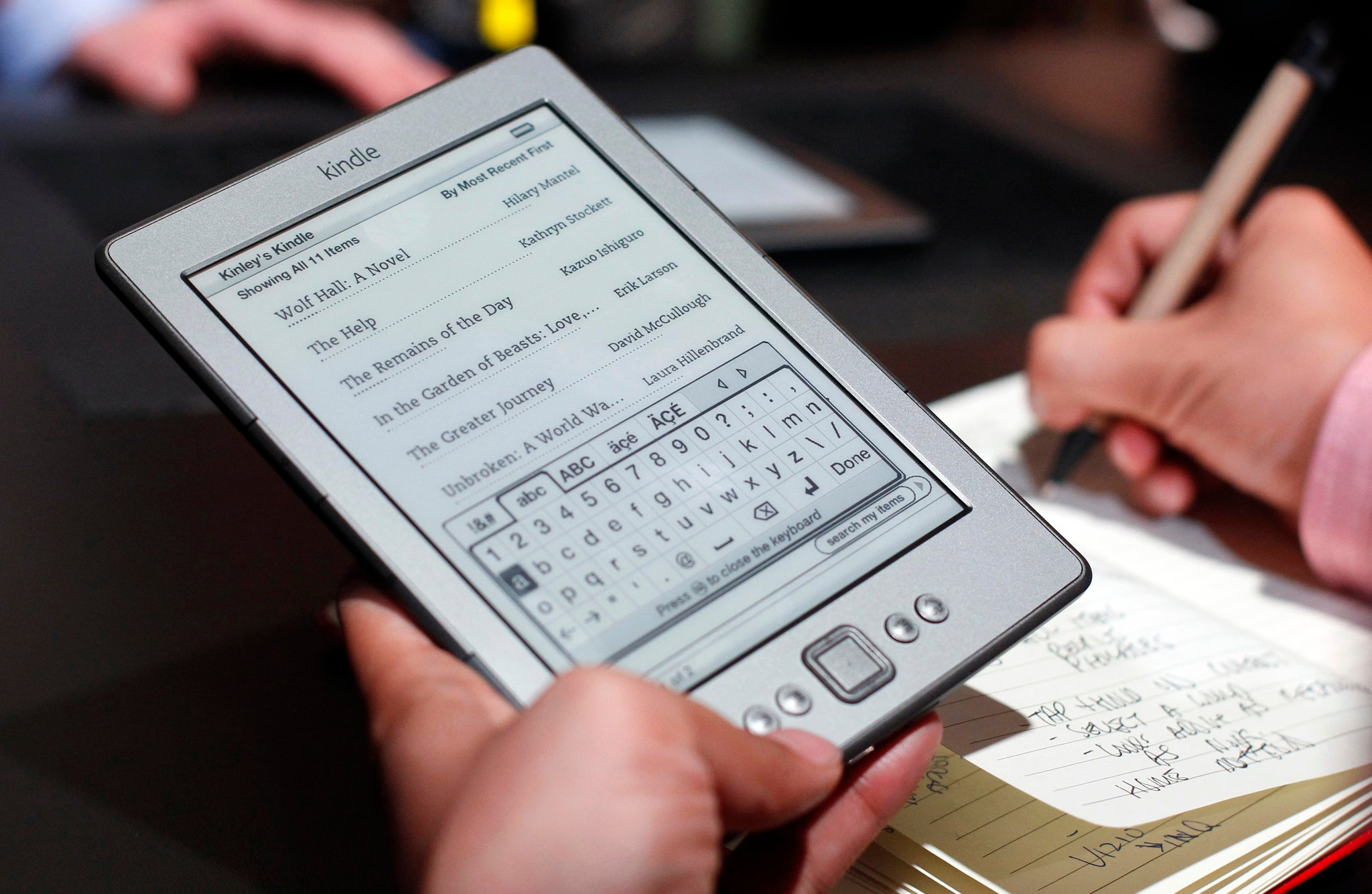 Kindle Security Flaw 'could Let Hackers Take Over Your Amazon Account' With  A Malicious Ebook  The Independent