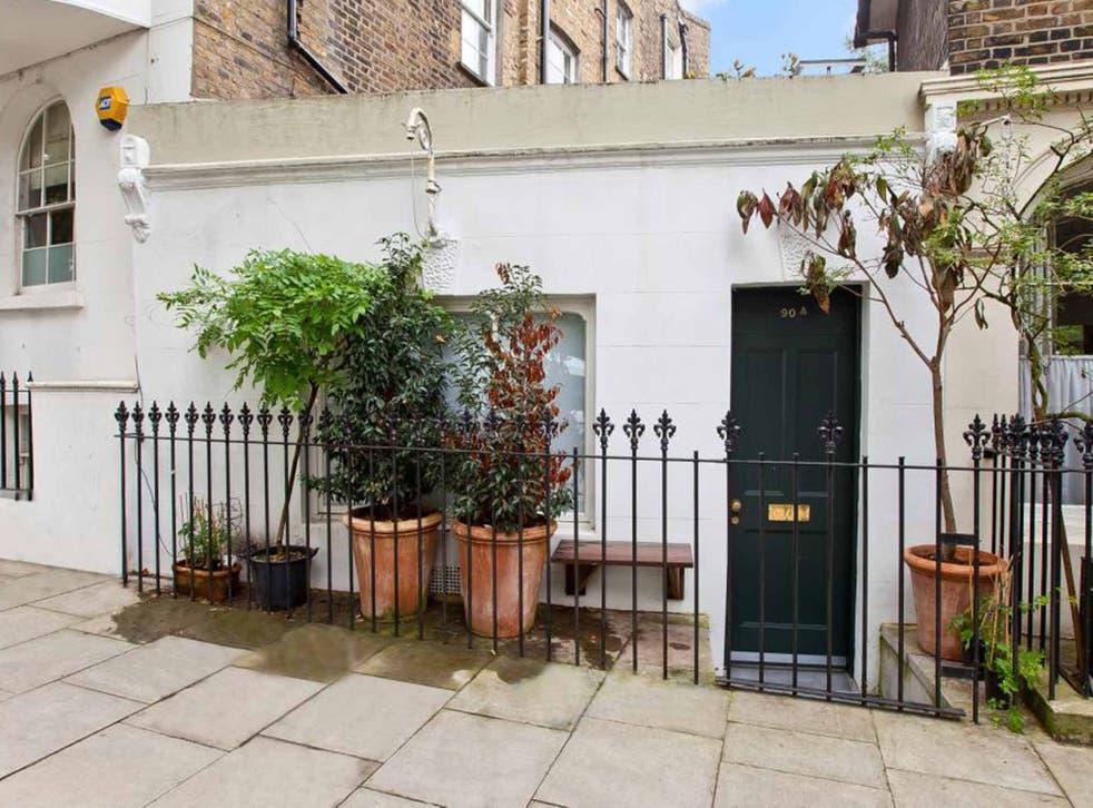 One bedroom terraced house for sale, Richmond Avenue, Islington, London N1. On with Winkworths for £275,000.