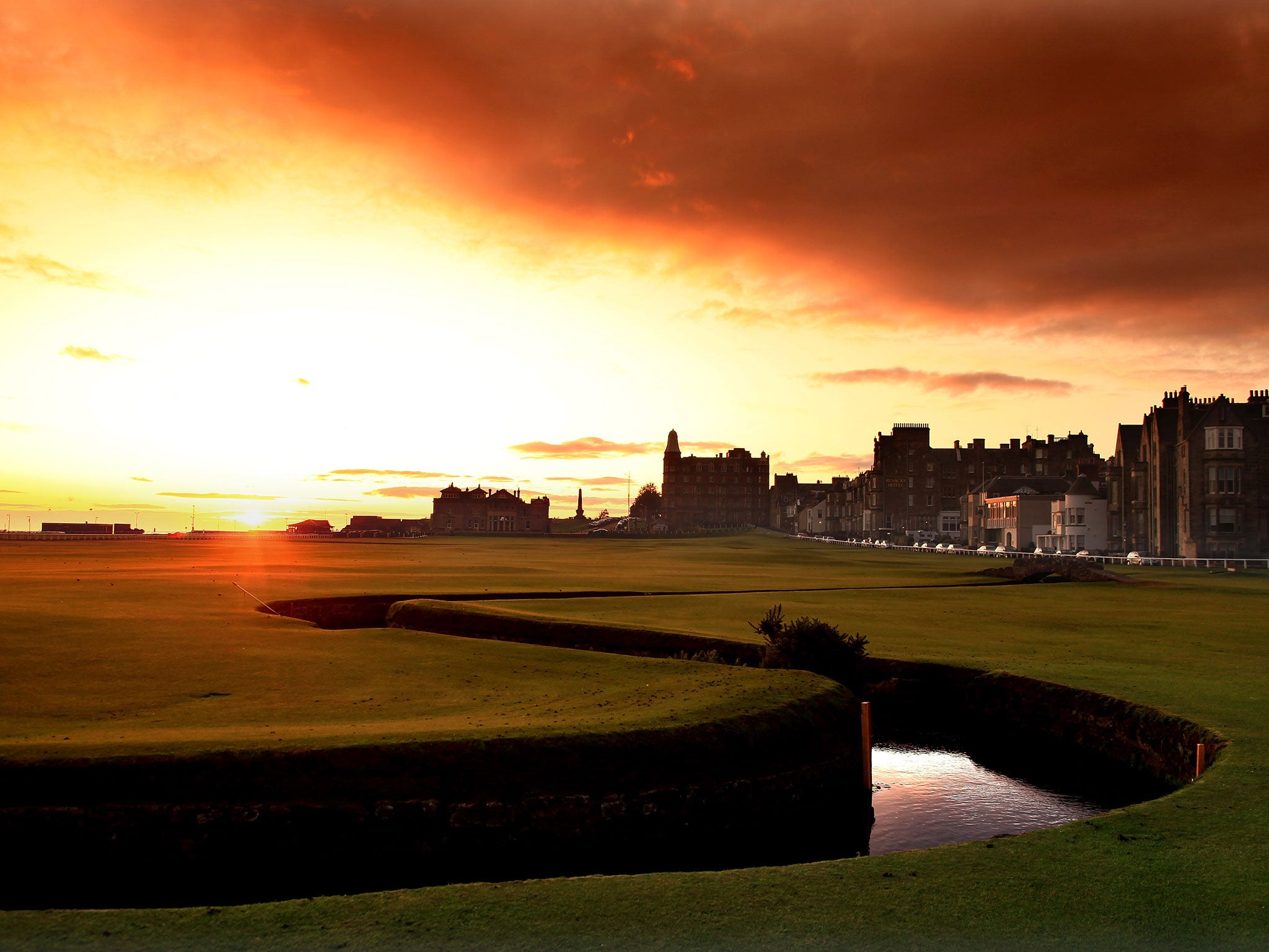 st andrews women The himalayas putting ground is open to the public and managed by the st andrews ladies putting club with both a 9 and 18 hole putting course, we welcome all standards of putters, from age 3 – 93 (and older.