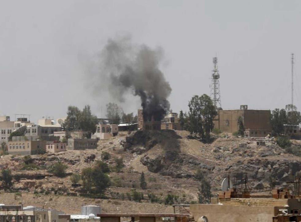 Smoke rises in Sanaa as tensions escalate