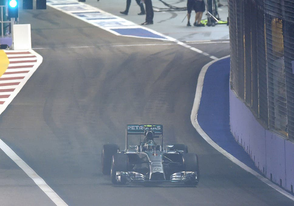 1145c108765 F1 Singapore Grand Prix  Nico Rosberg retires after 14 laps