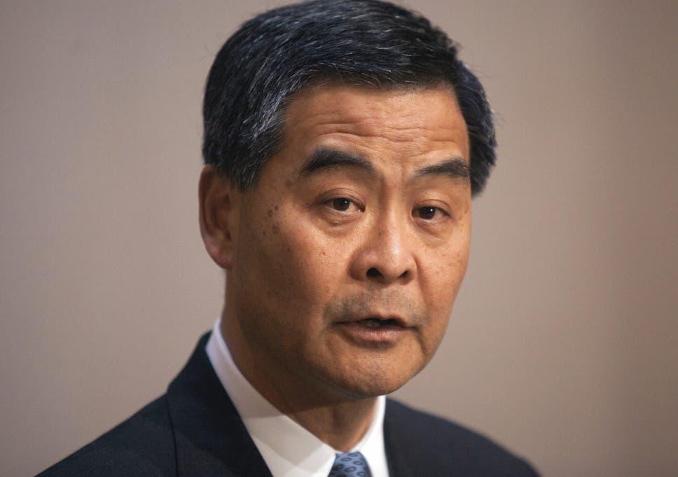 Hong Kong leader Leung Chun-ying offers talks with