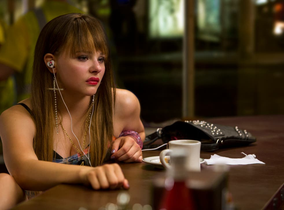 Teri (Chloe Grace Moretz) at the diner in Columbia Pictures' The Equalizer