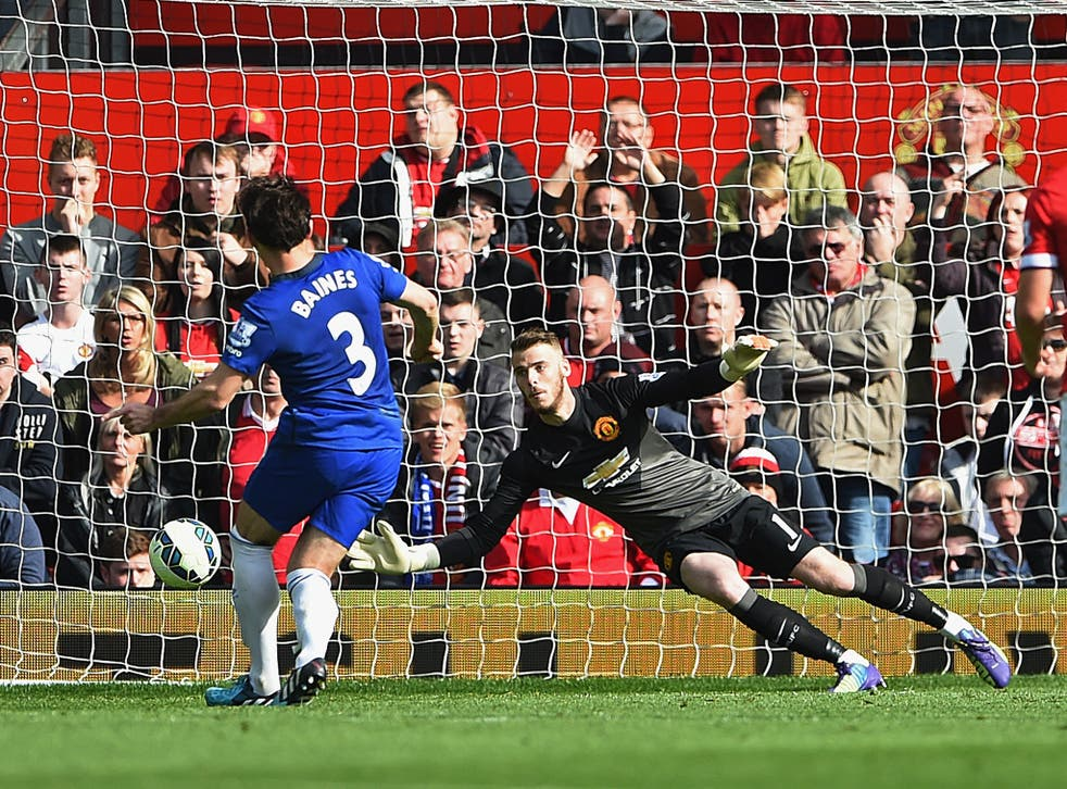 Leighton Baines misses a penalty