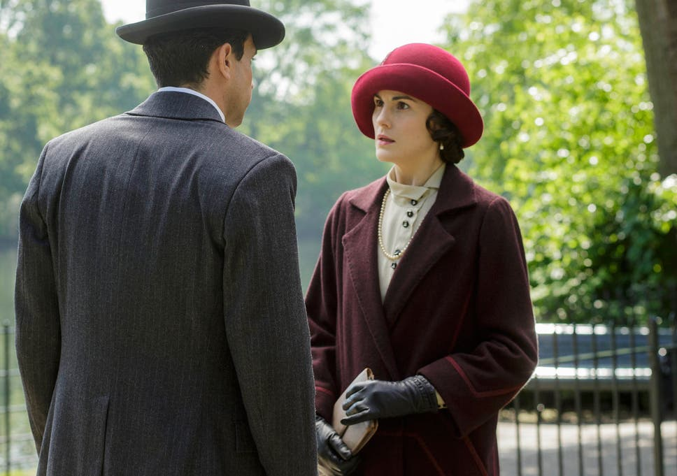 Downton Abbey series 5: New pictures hint at Lady Mary's
