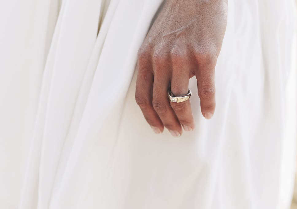 Spending More On You Wedding Day And Engagement Ring Could Make You
