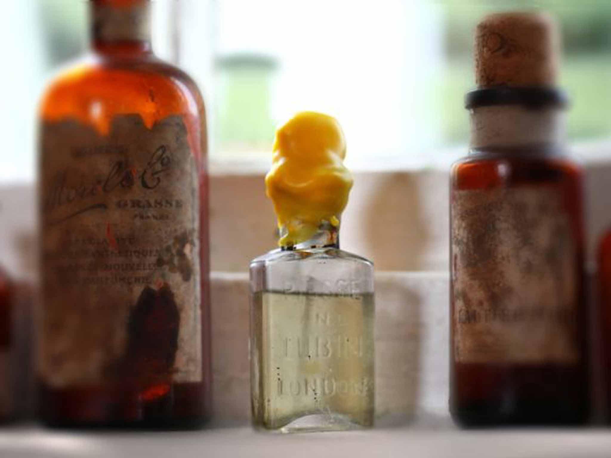 Vintage Perfume Flacon Antique Perfume