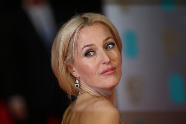 Gillian Anderson arrives at the 2014 Baftas