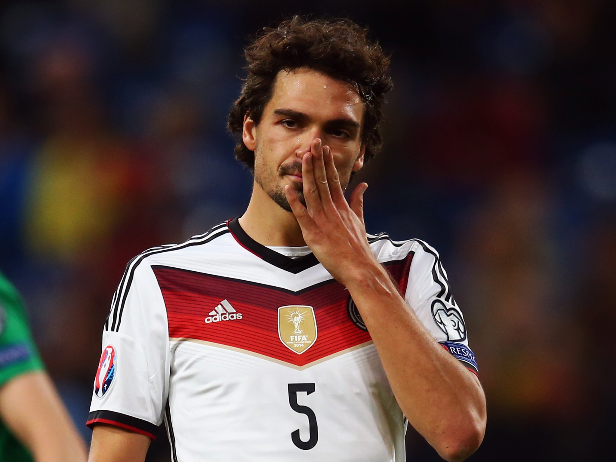 Manchester United and Arsenal tar Mats Hummels out injured for