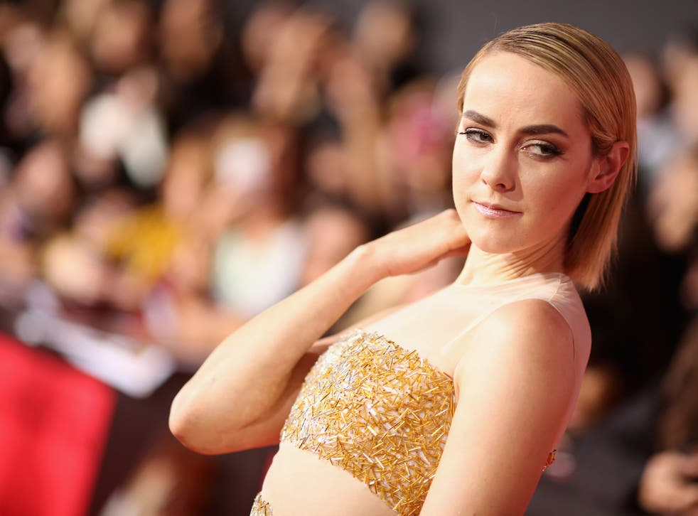Hunger Games actress Jena Malone has been rumoured to be playing a female Robin in Batman v Superman