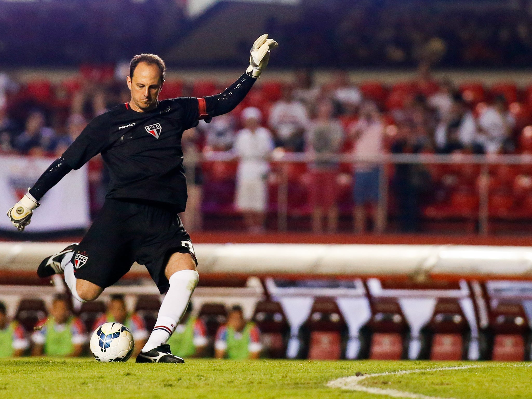 Rogerio Ceni Brazil s goalscoring keeper and the Premier League
