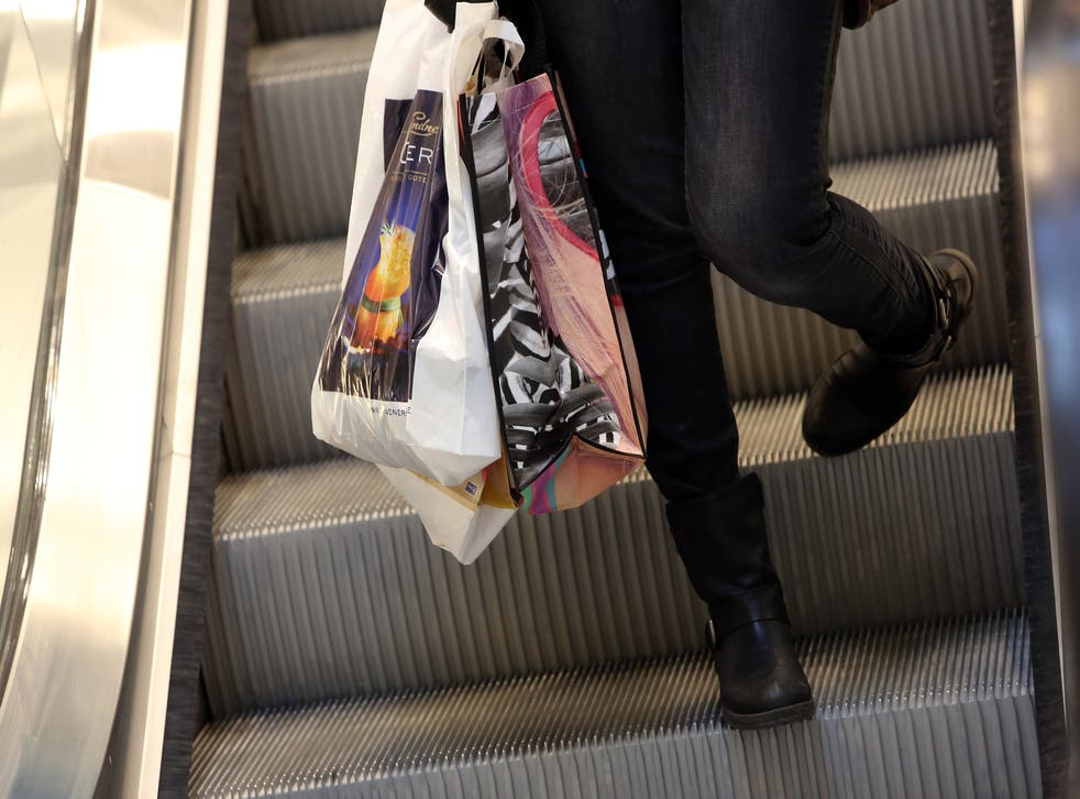 A 5p charge on all carrier bags - plastic or paper - has come into effect in Scotland today