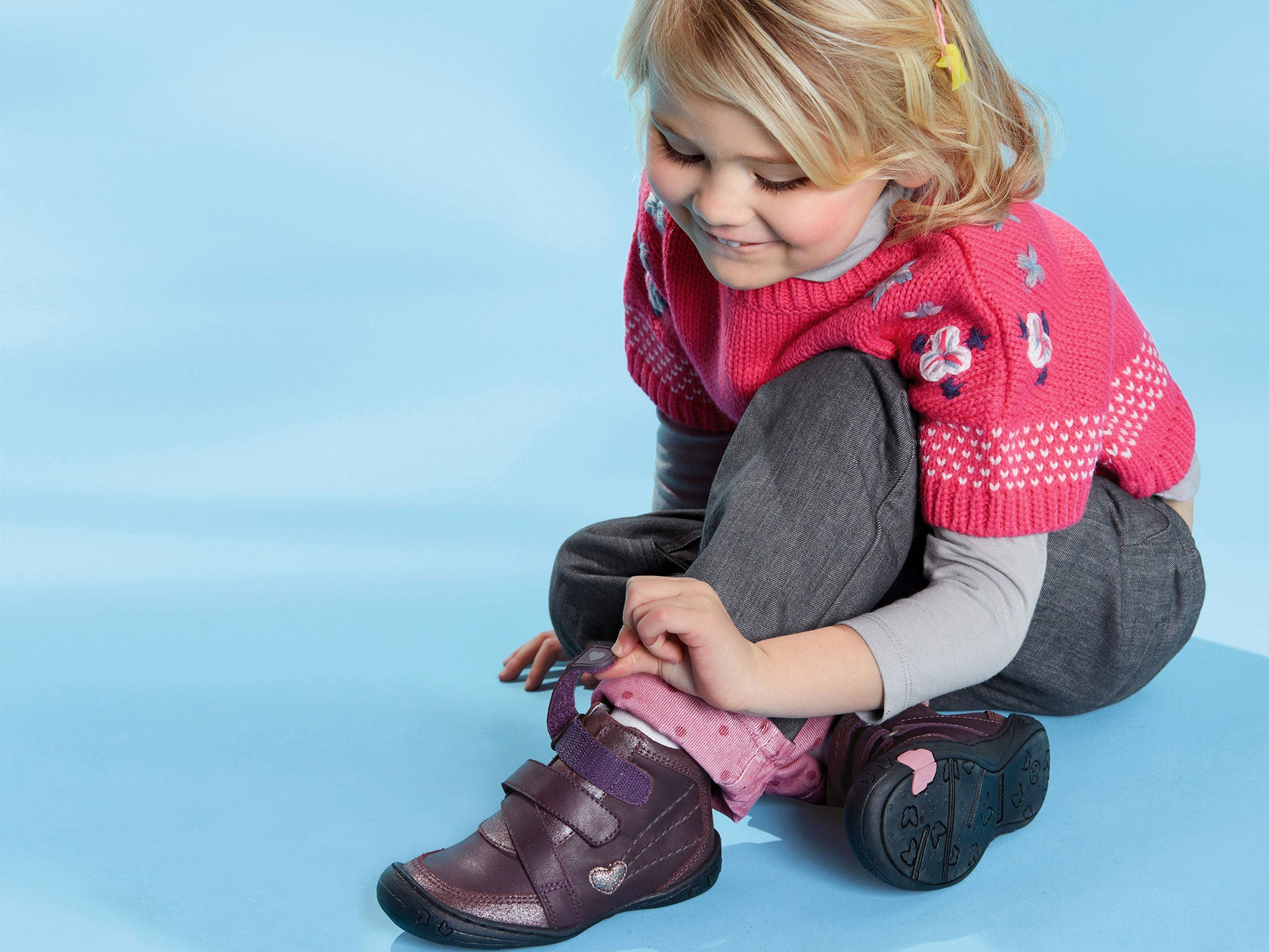 Смешные картинки ребенок и обувь