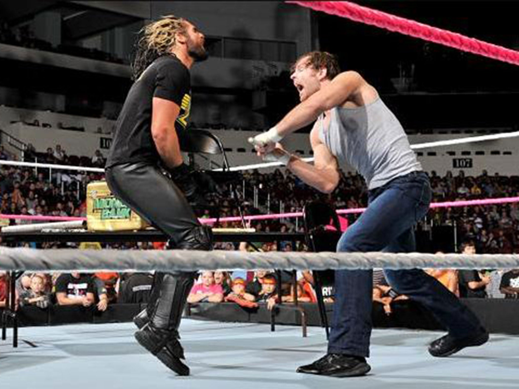 wwe smackdown results dean ambrose turns the tables on seth rollins ahead of their hell in a. Black Bedroom Furniture Sets. Home Design Ideas