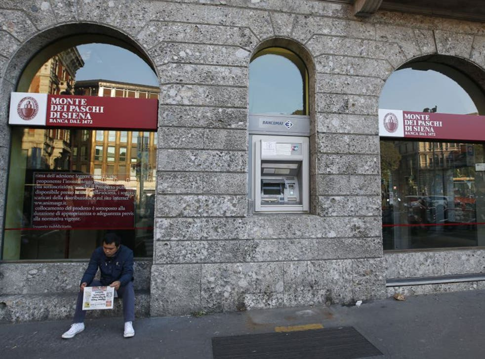 Shares in the world's oldest bank Monte dei Paschi were suspended