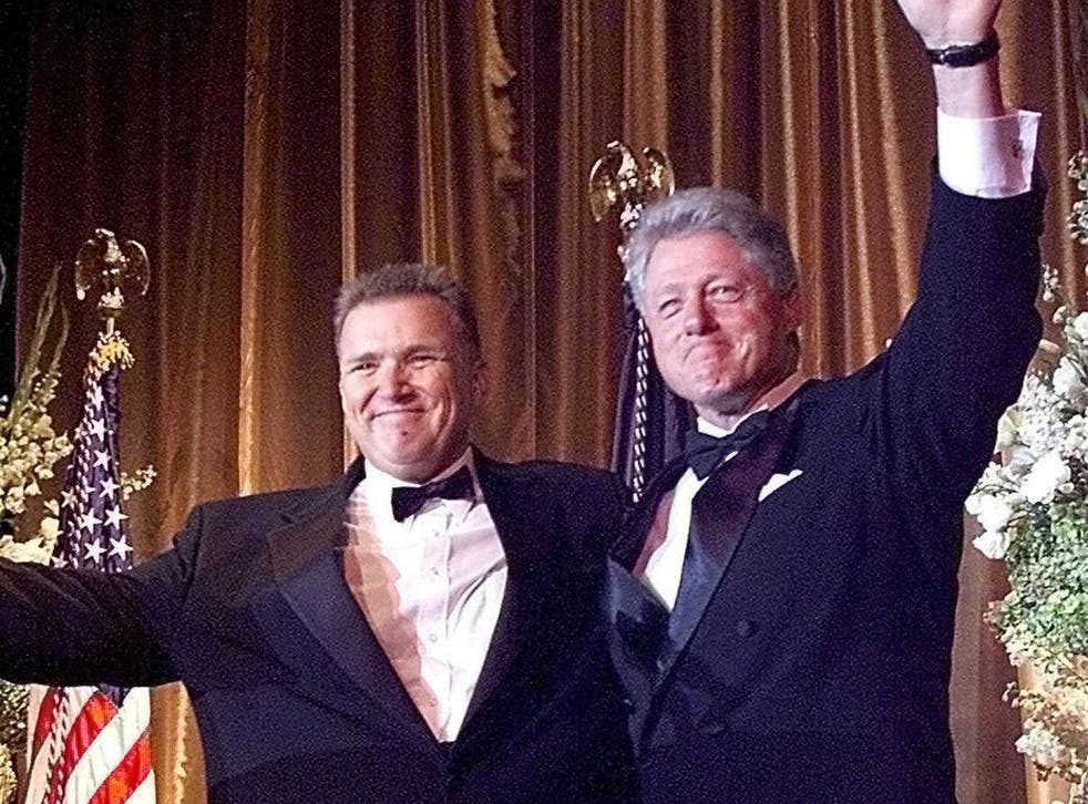 David Mixner and Bill Clinton at an Access Now for Gay and Lesbian Equality dinner in 1999