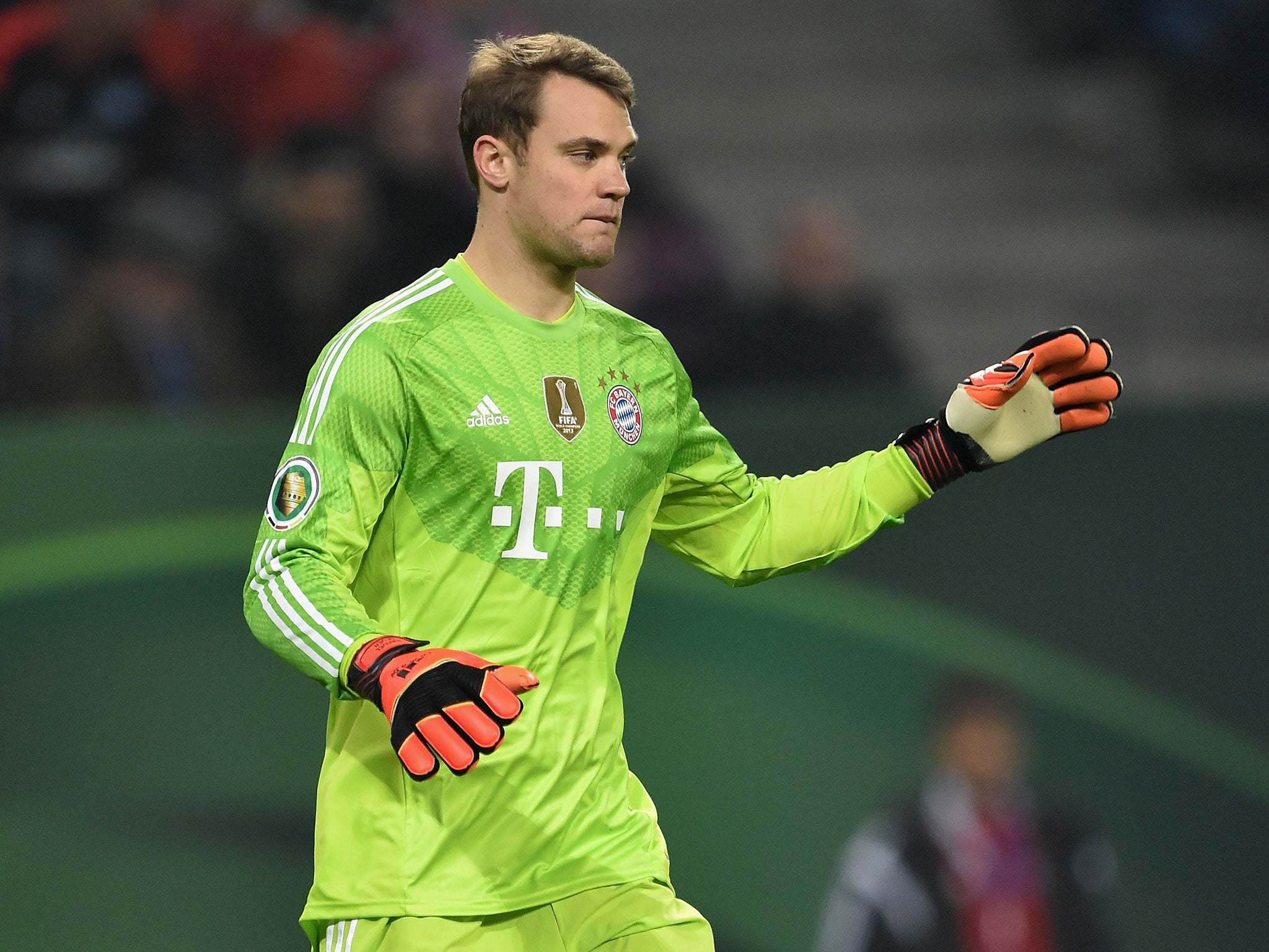 Video Manuel Neuer for s he s a goalkeeper again and goes on