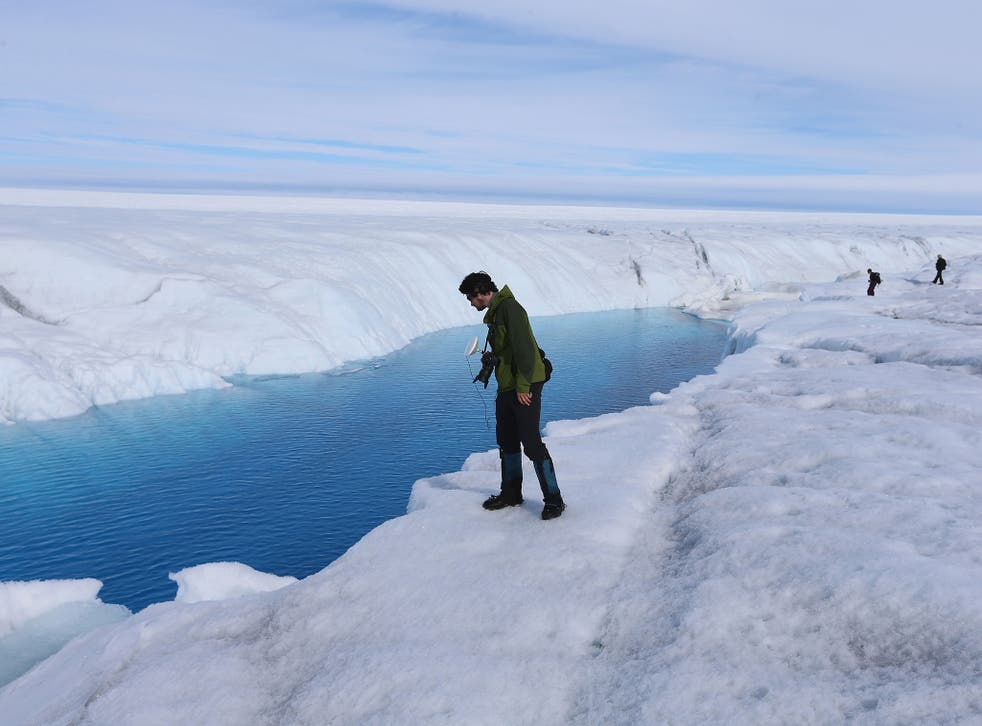 A glacial ice sheet in Greenland: global warming is melting ice and raising sea levels