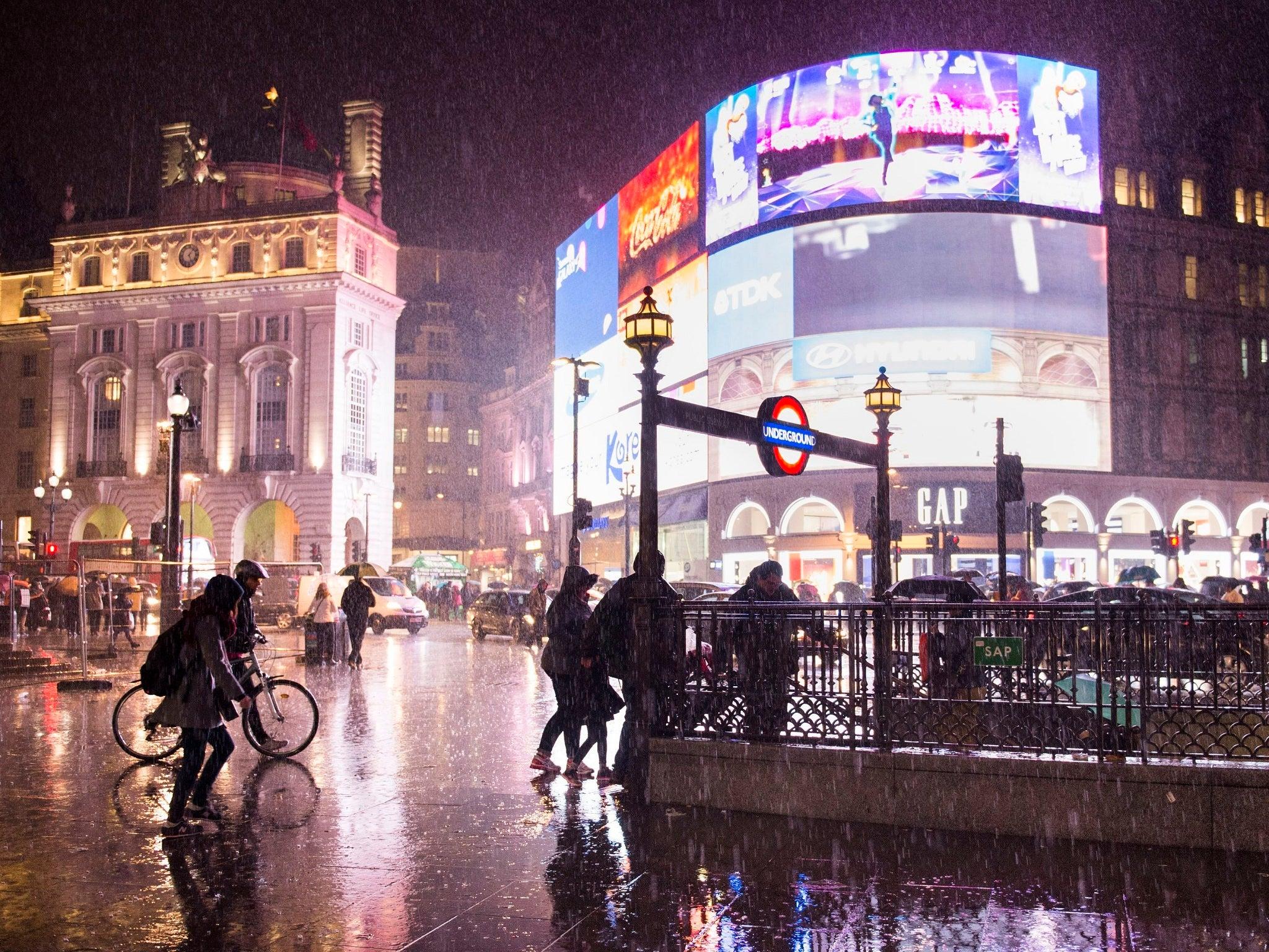 heavy new england rain New england heavy rain - travel notice exception policy new england heavy rain - travel notice exception policy issued: april 24, 2017 our travel notice exception policies on american are.