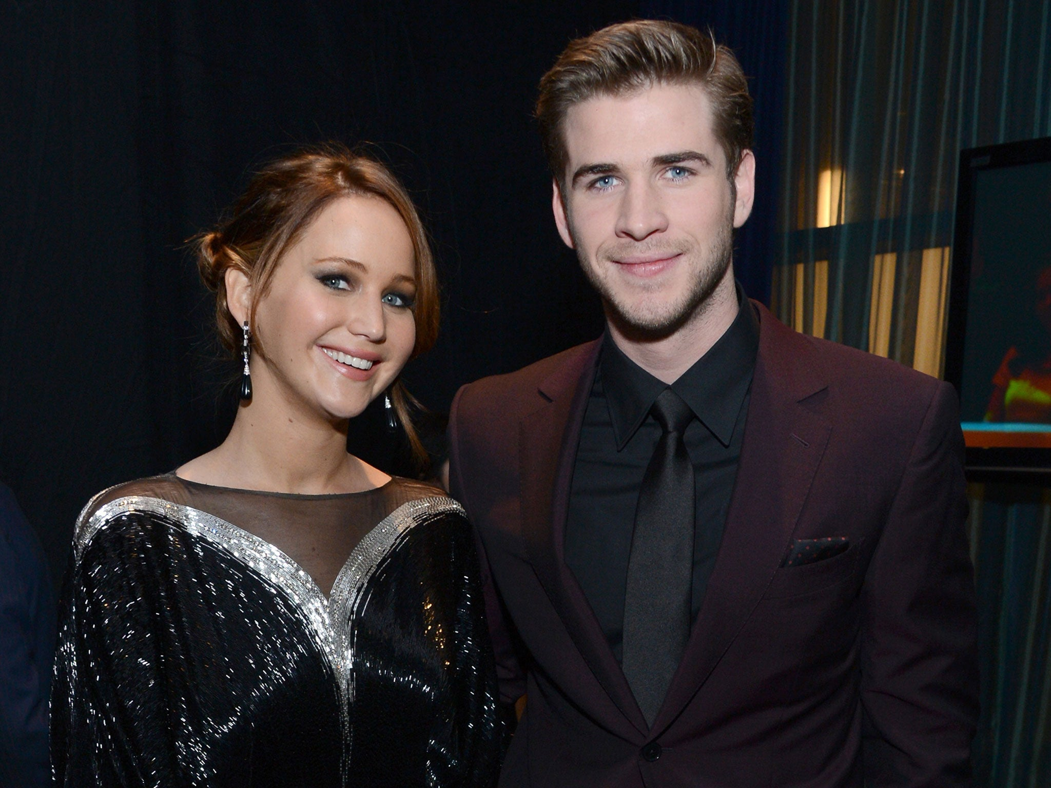 Liam Hemsworth And Jennifer Lawrence Hunger Games: J...