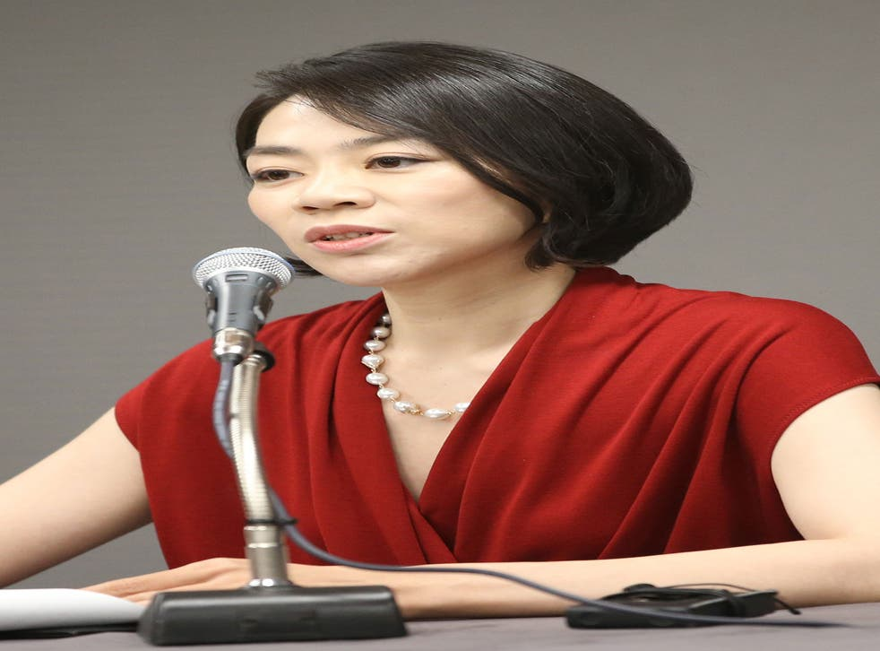 Cho Hyun-ah apologised after ordereding a crew member off a flight for serving bagged nuts in the first class cabin