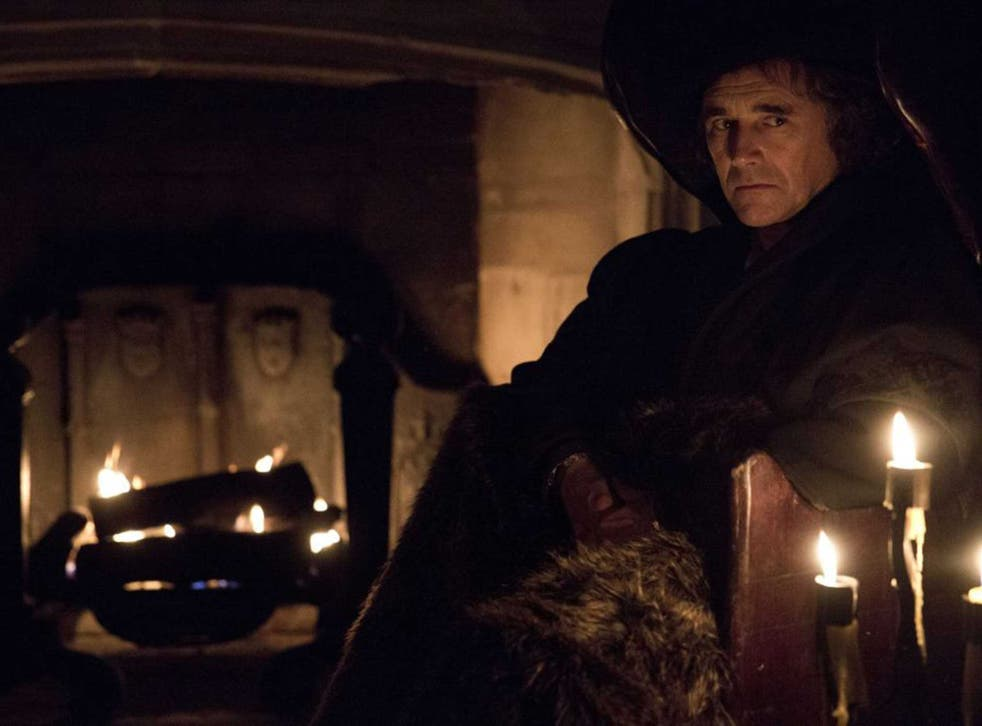 Director Peter Kosminsky used an Arri Alexa camera to film all Wolf Hall's night-time scenes by candlelight