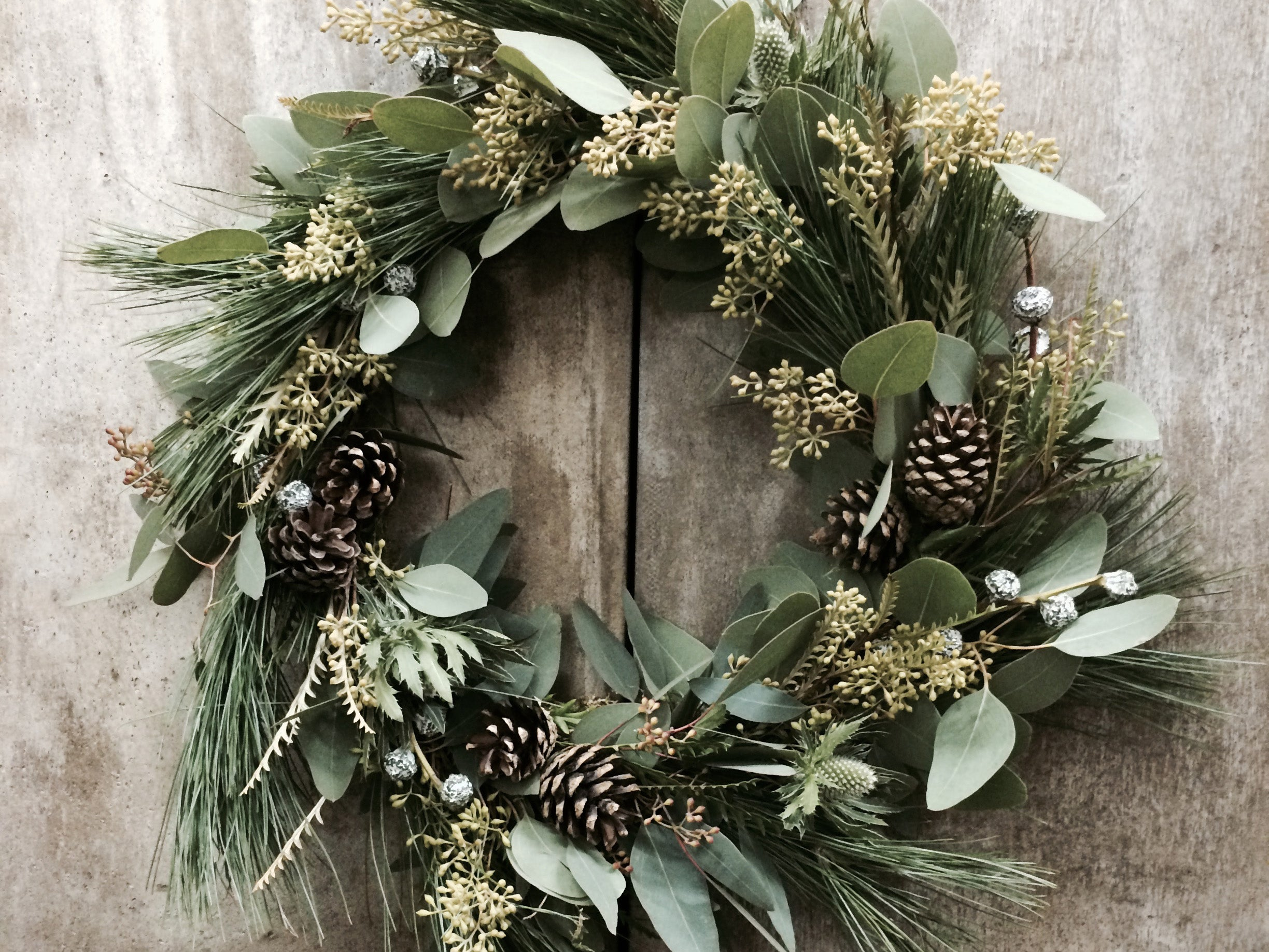 Natural Looking Christmas Garland