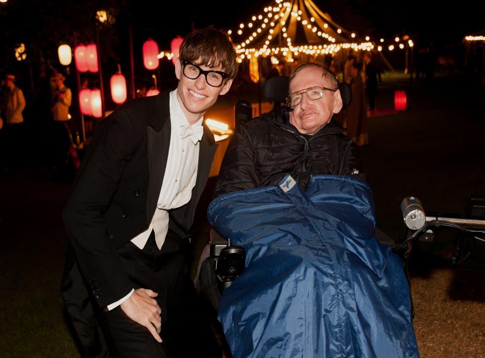 Eddie Redmayne pictured with Stephen Hawking