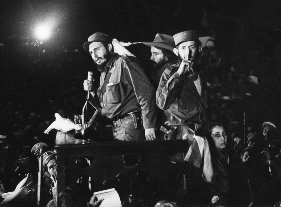Fidel Castro speaks to supporters after gaining power in 1959