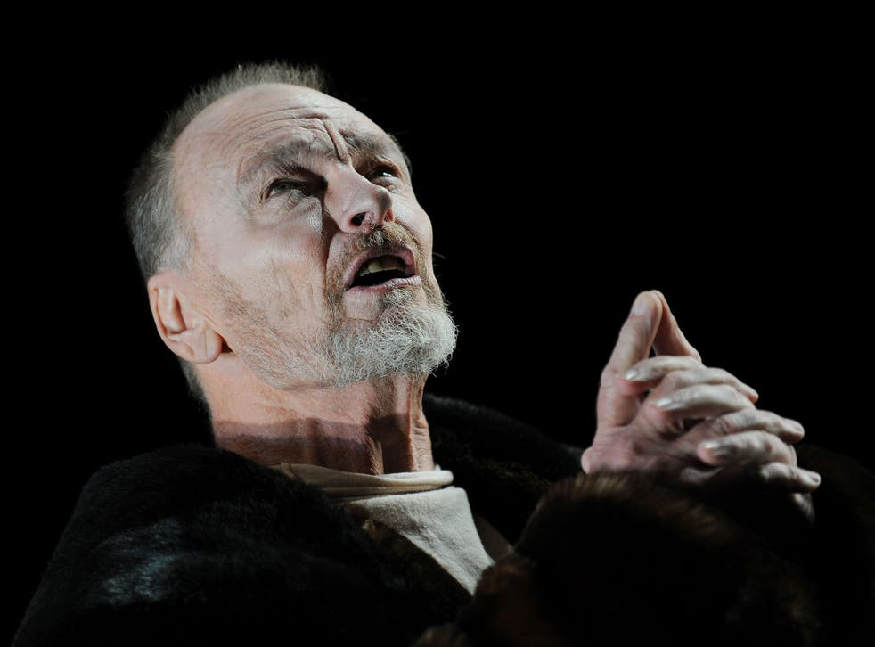John Bell playing the role of King Lear